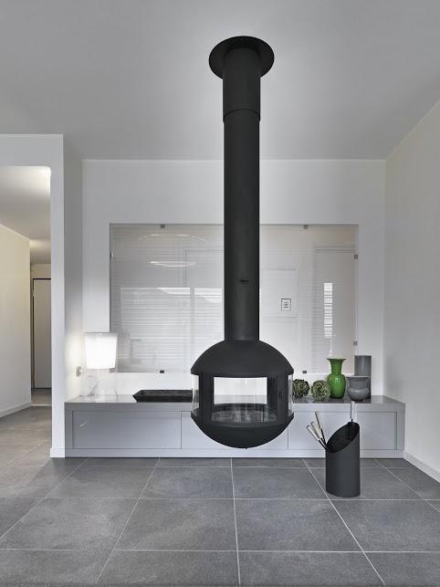 moderner wohnraum mit h ngekamin bauen und wohnen in der. Black Bedroom Furniture Sets. Home Design Ideas