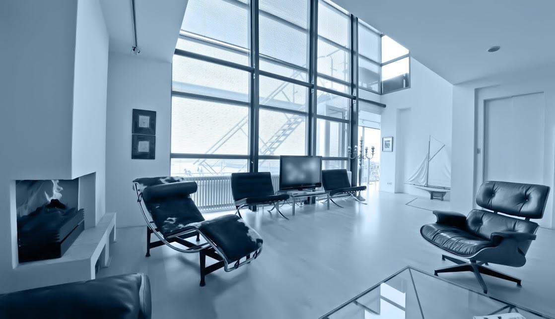moderne wohnhalle in schwarz weiss bauen und wohnen in der schweiz. Black Bedroom Furniture Sets. Home Design Ideas